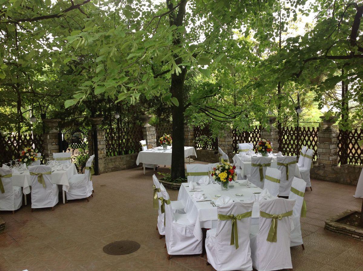 svadba i vencanje-radmilovac-basta