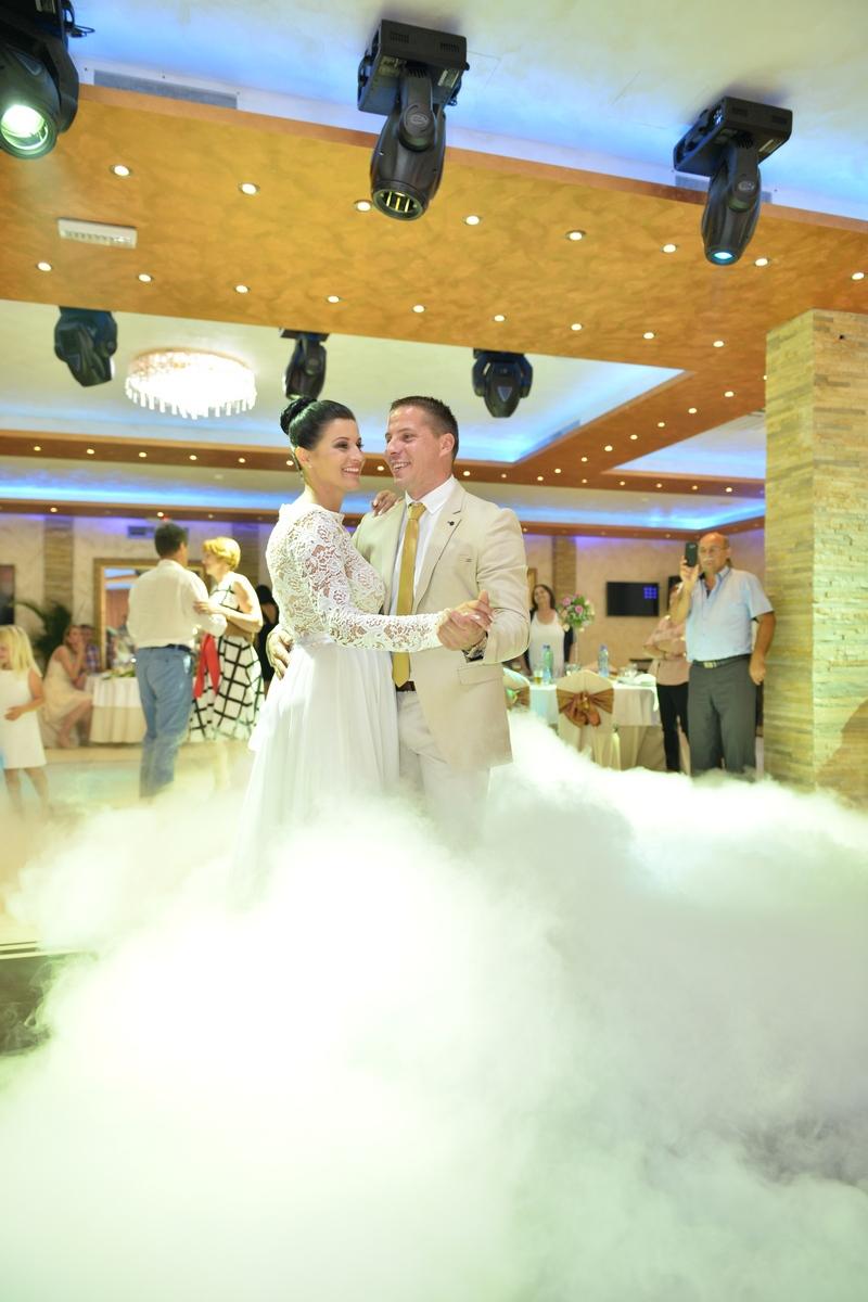 svadba i vencanje-sergilles-prvi-ples